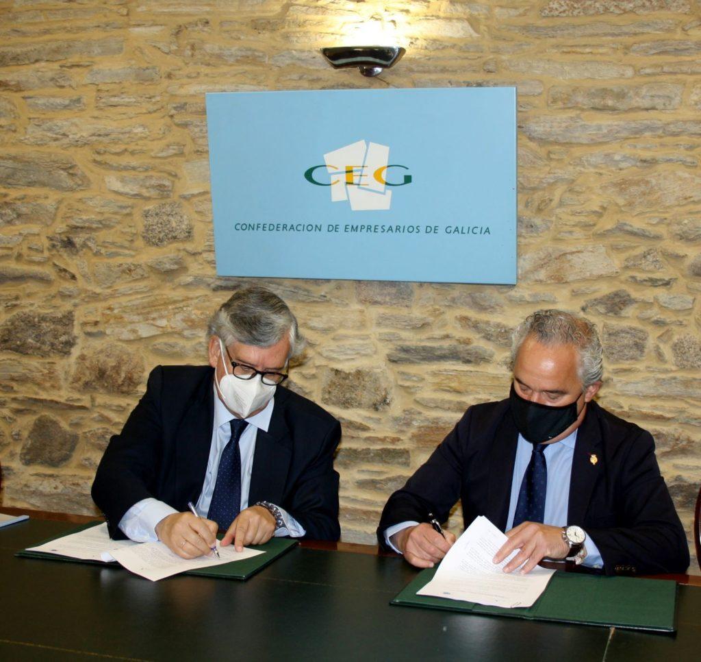 Foto de  Juan Manuel Vieites, presidente de la CEG, y Francisco