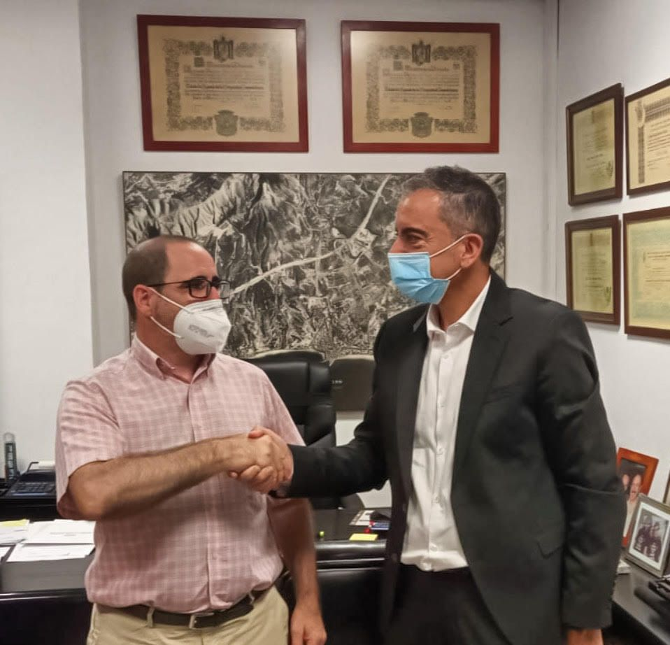 Foto de Miguel Ángel Sotillos, presidente de Aptur y Miguel Murillo,